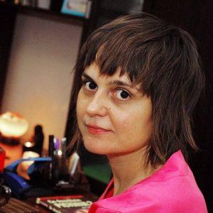 Nicoleta Ignat - autoarea volumului Parfum de serafimi - poezie Reiki