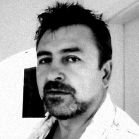 Lisandru - autorul volumului de povestiri Inghetata si alte povestiri sin anii 80 - Editura Letras